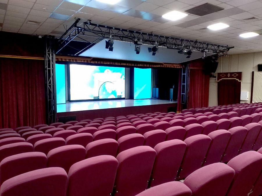 В Хоринске готовятся к открытию современного 3D-кинотеатра